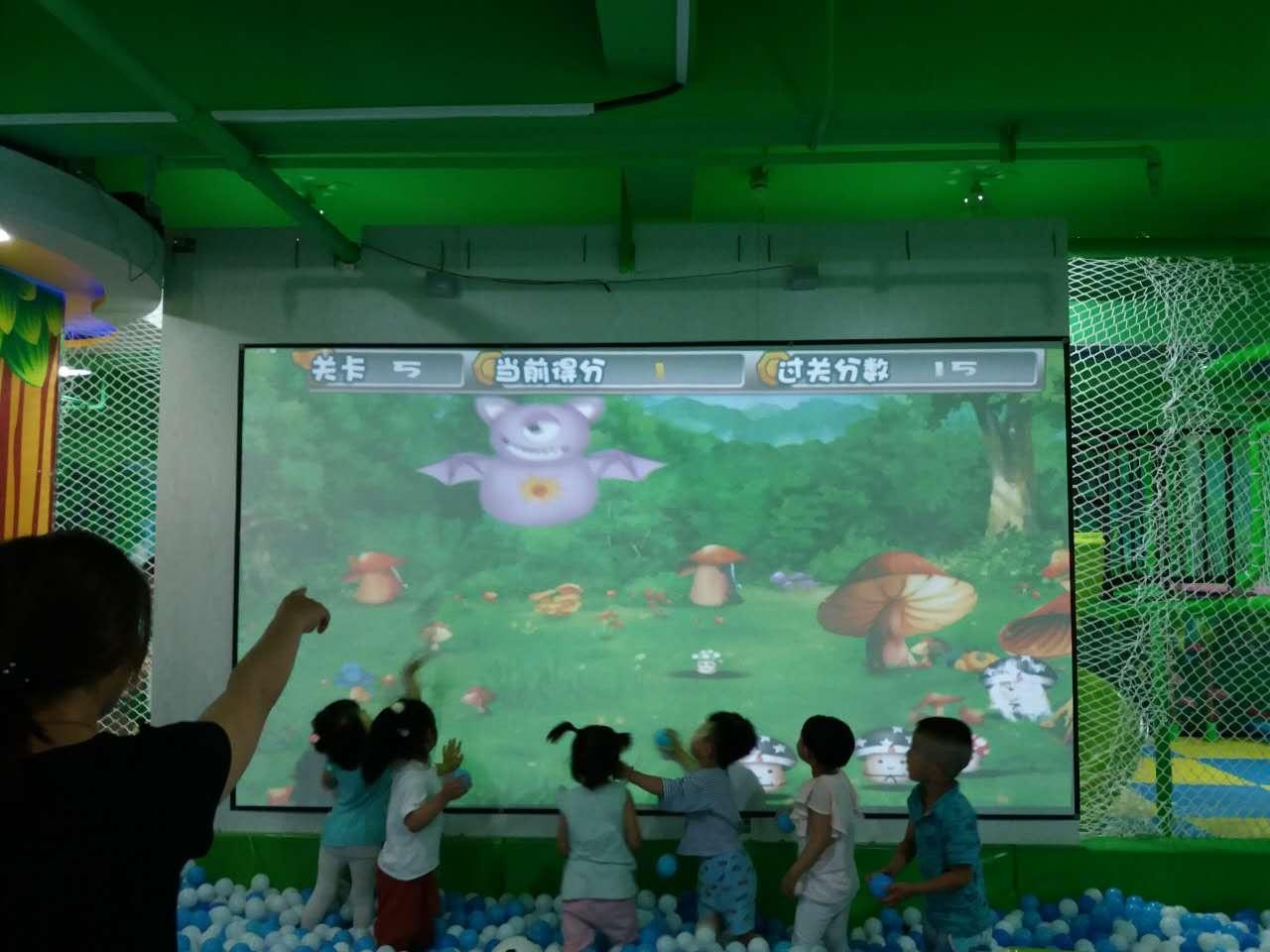 神童互动砸墙游戏