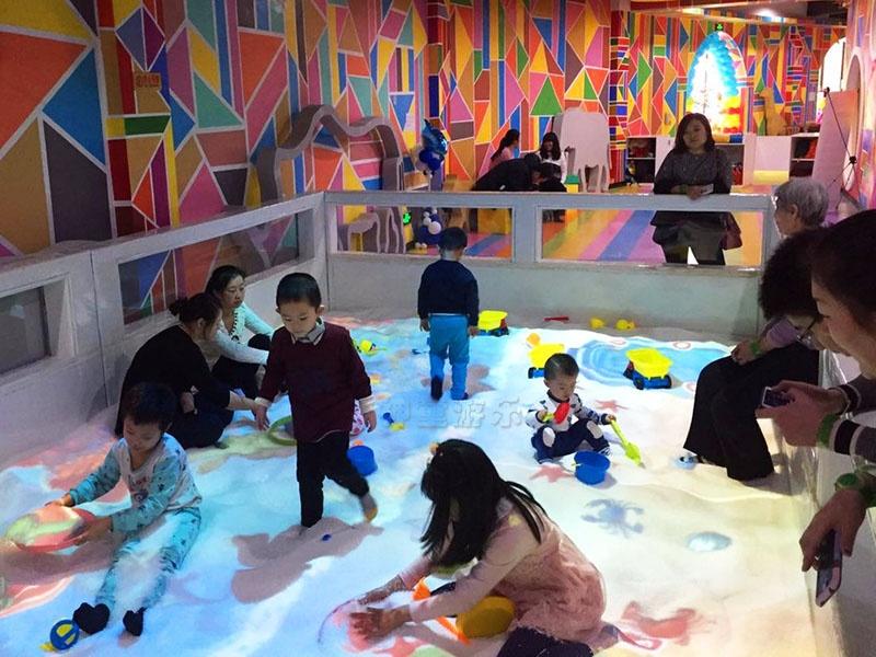 互动沙池游乐设施